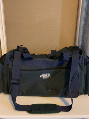 Wilson duffle bag for Sale in Santa Maria, CA