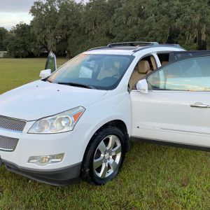 2010 GREAT CONDITION LTZ for Sale in Kissimmee, FL