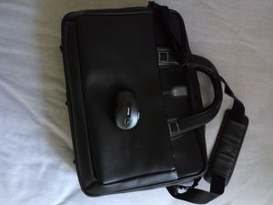 Hp laptop bag + free wireless mouse for Sale in Columbus, OH
