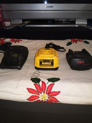 BATTERY DRILL CHARGER for Sale in Long Beach, CA