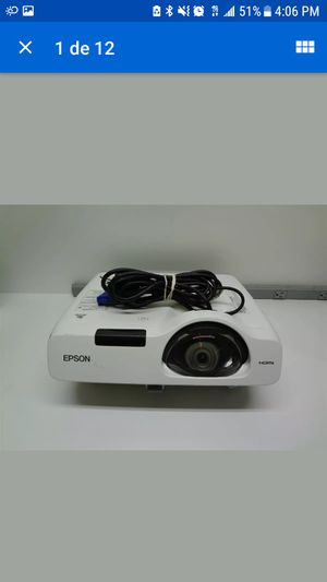 Epson powerlite 520 for Sale in The Bronx, NY