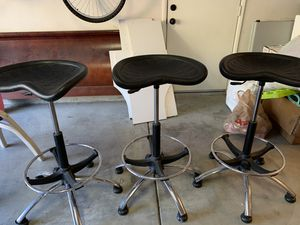 3 piece black leather barstools for Sale in Porter Ranch, CA
