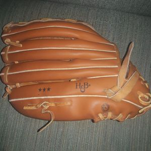 Louisville Slugger Baseball & Softball Gloves for Sale in Fort Lauderdale, FL