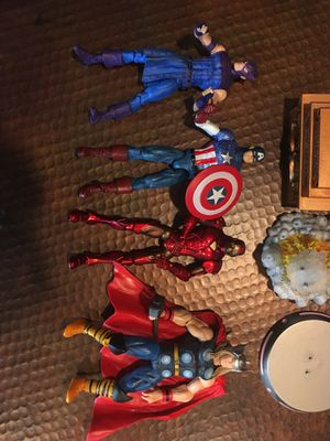 Avengers Action Figures with stands for Sale in San Jose, CA