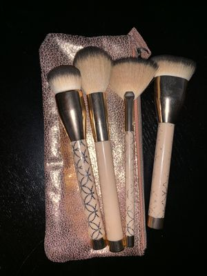 Makeup brush set for Sale in Beaverton, OR