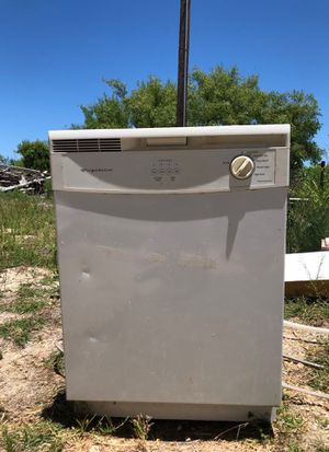 Dishwasher for Sale in Clyde, TX