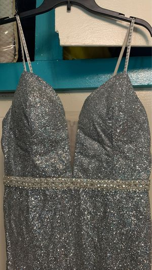 Ombré gray dress for Sale in Bell Gardens, CA