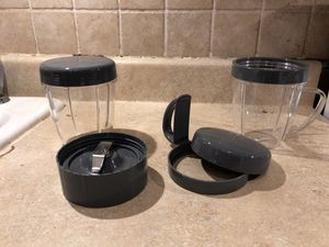 NutriBullet Blender Pieces (2x18oz blender cups, 2 lids, 1 handle lid, 1 blender blade piece) for Sale in Alexandria, VA