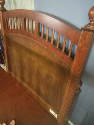 Stanley Twin bed frame for Sale in Burbank, IL