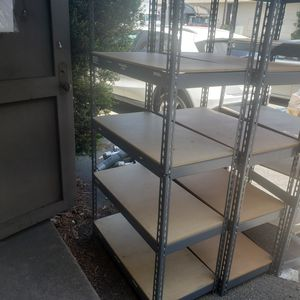 Metal shelf 6 feet tall 18 inches wide and 36 inches long for Sale in Los Angeles, CA