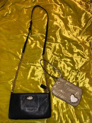Coach purse & wristlet for Sale in Gahanna, OH