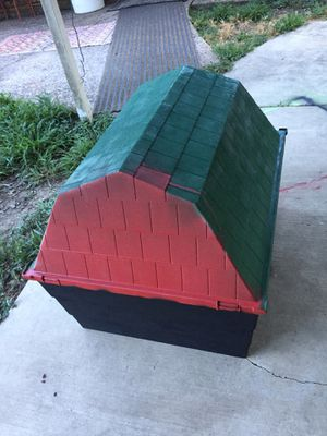 Outdoor Dog House for Sale in Houston, TX