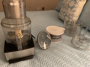 Cuisinart 11 cup food processor for Sale in Hudson, FL