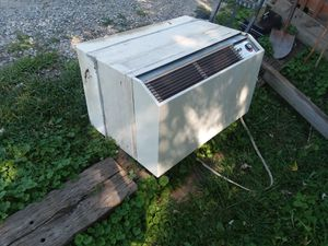 Islandaire a/c and heating ptac unit for Sale in New London, MO