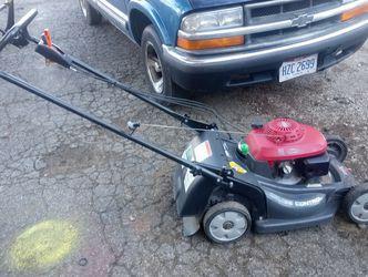 Honda mower for Sale in Blacklick,  OH