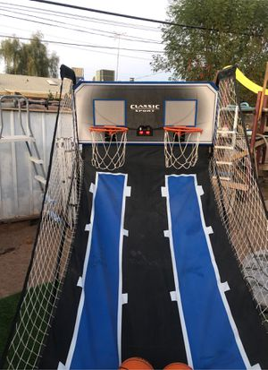 Classic sports basketball with 4 balls for Sale in Phoenix, AZ