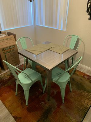 Metal kitchen table with chairs for Sale in Las Vegas, NV