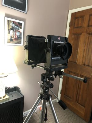 4 by 5 camera with lens for Sale in Hanover, PA