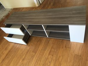 TV Stand like new! for Sale in North Miami Beach, FL