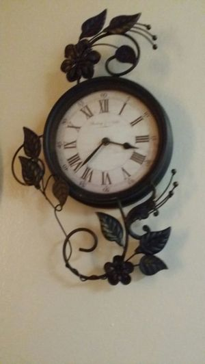 Antique clock for Sale in Houston, TX