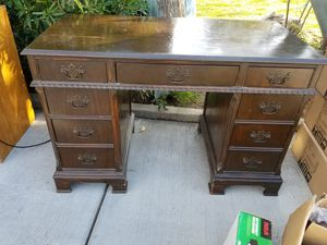 Antique Desk for Sale in San Fernando, CA