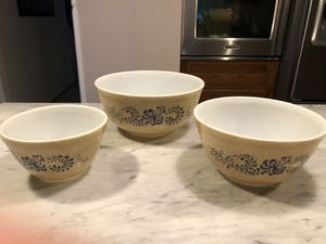 Vintage Pyrex mixing bowls for Sale in Abingdon, MD