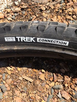 Trek connections bike tire for Sale in Burnsville, MN