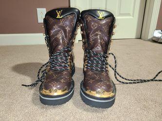 Louis Vuitton boots size 8 1/2 for Sale in Murfreesboro,  TN