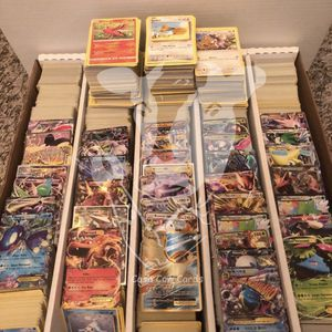 Pokemon 1000 Card Lot for Sale in Wood Dale, IL