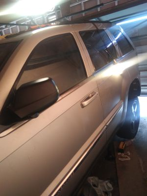 2005 jeep grand cherokee limited parts for Sale in Upland, CA
