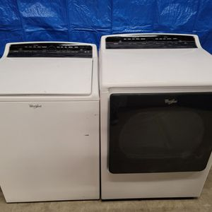 Whirlpool Washer And Electric Dryer Set Good Working Condition Set For $399 for Sale in Wheat Ridge, CO