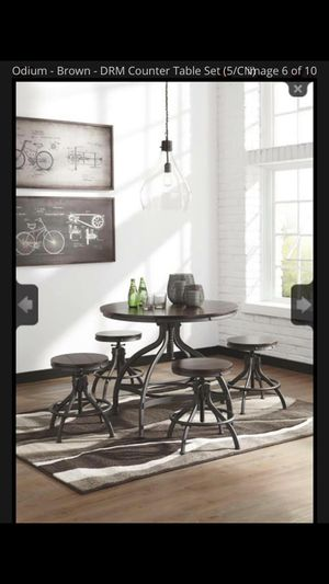 ASHLEY Furniture dining set for Sale in Baltimore, MD