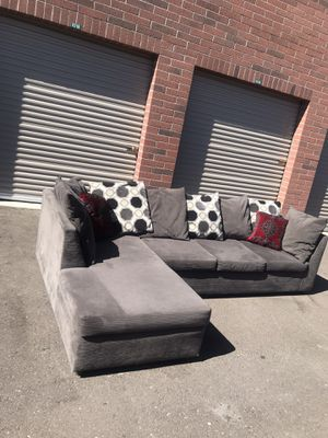 Really nice sectional couch 🛋 for Sale in Phoenix, AZ