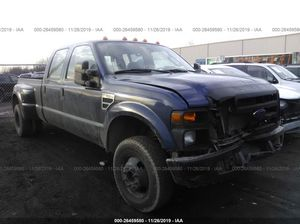 2008 Ford F-350 - v10 GAS ENGINE- 4x4 has body damage on the left two doors and in the front - runs and drives- SALVAGE TITLE for Sale in Dearborn, MI