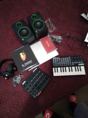Akai MIDI Keyboard, Akai Beat Pad, FL STUDIO, AND Recording Software w/ Mic, Headphones, Dual Speakers, and Interface for Sale in Dallas, TX