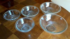 5 pyrex bowls for Sale in Clearwater, FL