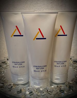 LOT OF 3! Liz Claiborne Perfumed Body Lotion Luxury Full Size 6.7 fl oz/200ml NEW Made in USA for Sale in San Diego, CA