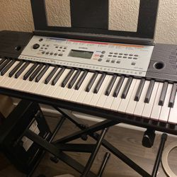 Yamaha YPT Keyboard for Sale in Federal Way,  WA