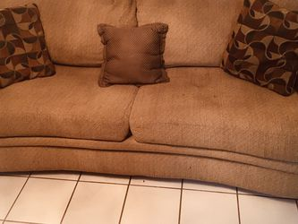 Couch- Brown Comfy couch with Pillows for Sale in Tampa,  FL