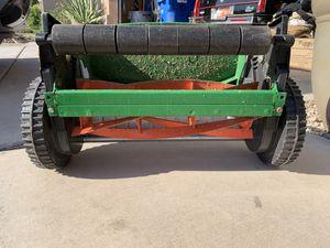 Lawn mower/ razor for Sale in Mesa, AZ
