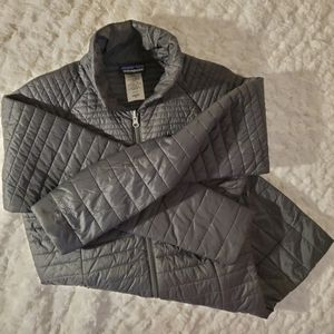 Patagonia women's insulated jacket SZ#Med for Sale in Chicago, IL