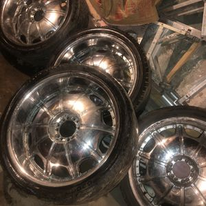 24 Inch Rims for Sale in Chicago, IL
