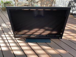 Vizio 40 inch LCD TV for Sale in La Jolla, CA