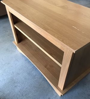 Small Coffee Table for Sale in North Las Vegas, NV