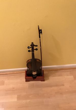 Beautiful Violin, Stand and Bow for Sale in Dale City, VA