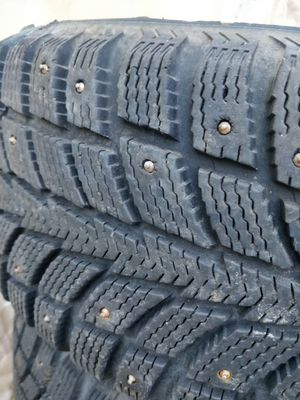 4 nearly new studded snow tires for Sale in Portland, OR