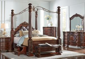 Southampton king bedroom set for Sale in Raleigh, NC