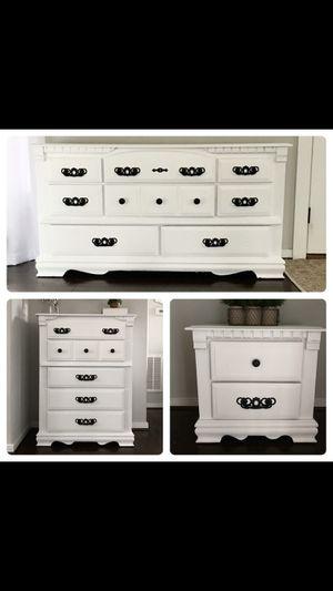Bedroom Dresser set for Sale in Moseley, VA