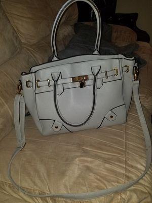 Gray purse for Sale in Grenada, MS
