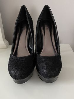 Black High Heels for Sale in Stoughton,  MA